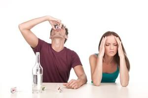 Что делать, если муж начал пить